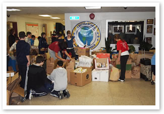 photo 2 from student food drive